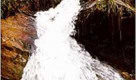 Conceição do Rio Verde - Cachoeira dos Lemas