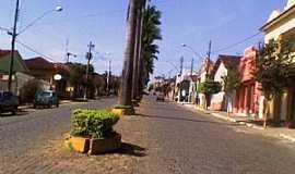 Conceição dos Ouros - Conceição dos Ouros-MG-Avenida central-Foto:João Vitor C.