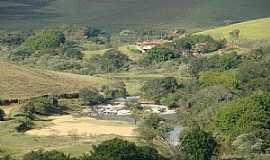 Conceição dos Ouros - Conceição dos Ouros-MG-Vista da cachoeira-Foto:IsmaelSilva