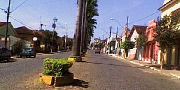 Conceição dos Ouros-MG-Avenida central-Foto:João Vitor C.