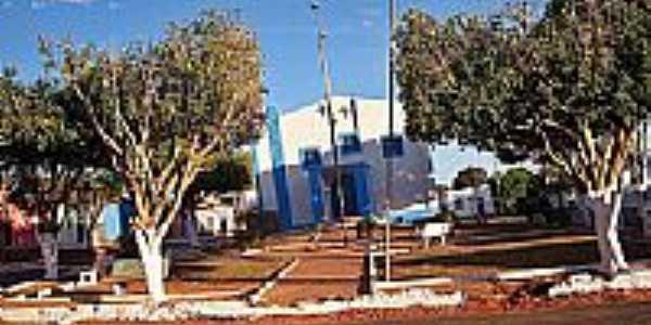Praça e Igreja de Condado do Norte-Foto:joseborges -