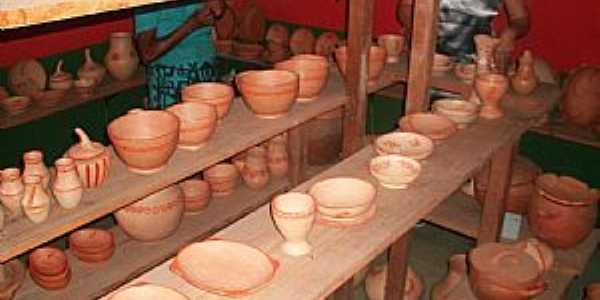 Cônego Marinho-MG-Fabricação de Cerâmicas-Foto:EVANDRO DAQUINO FERREIRA