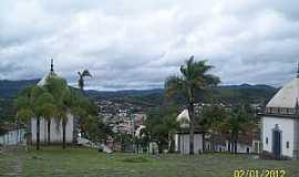 Congonhas - Comgonhas-MG-Capelas dos Passos da Paixão de Cristo e parcial da cidade-Foto:Josue Marinho