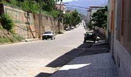 Conselheiro Pena - Conselheiro Pena-MG-Rua da cidade-Foto:Reinaldo Gol