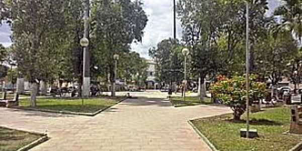 Conselheiro Pena-MG-Praça da Matriz-Foto:pt.wikipedia.org