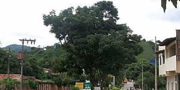 Coroaci-MG-Avenida principal-Foto:Facebook