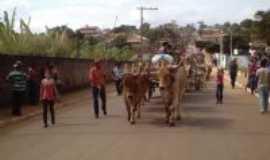 Córrego do Ouro - Desfile de carro de boi, Por Roseli De Oliveira Lima