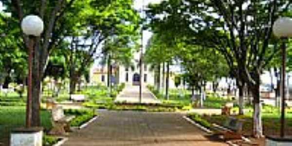 Praça da Igreja-Foto:CicloTP [Panoramio]