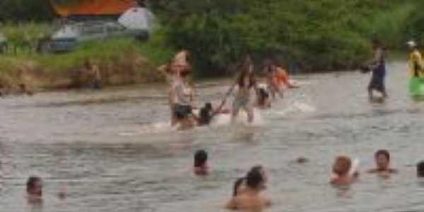criançãs na cachoeira, Por Aninha Muniz Barreto