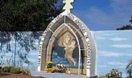 Cristais - Monumento da mãe rainha