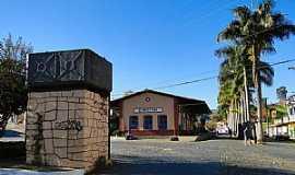 Cristina - Cristina-MG-Estação Ferroviária-Foto:Adriano Martins