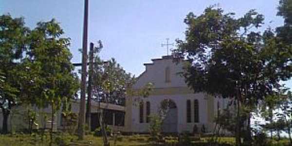 Cruzeiro dos Peixotos-MG-Praça e Igreja de Santo Anônio e São Sebastião-Foto:Marcos Santana