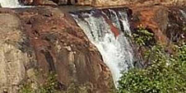 Cachoeira da Melita-Foto:Wemerson Paulino[Panoramio]