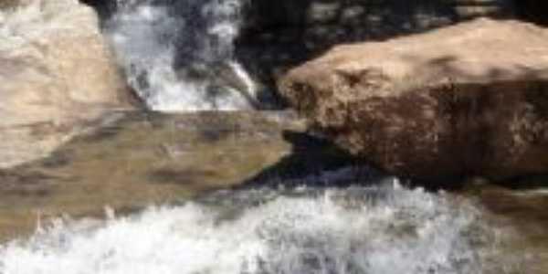 cachoeira, Por sabrina araújo pereira lage