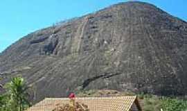 Cuité Velho - Pedra do Cuité Velho-Foto:Valdson Candido Pere… [Panoramio]