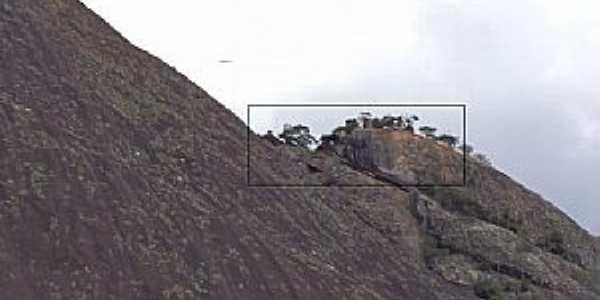 Cuité Velho-MG-Primeiro Stonehenger das américas,no Brasil-Foto:lucio lima