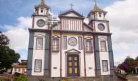 Datas - Igreja do Divino, Por Áurea Maria
