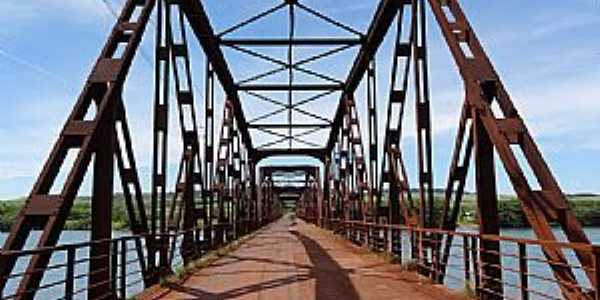 Delta-MG-Ponte do Rio Grande-Foto:Daniel Lima