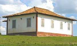 Desemboque - Casa antiga por Altemiro O Cristo