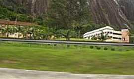 Desterro do Melo - Colégio Adventista-Foto:antoniodacostalima [Panoramio]