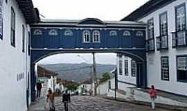 Diamantina - Passadiço da Rua da Glória em Diamantina-MG-Foto:Jose Gustavo A. Murt…