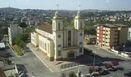 Divinópolis - Catedral de Divinópolis-Foto:chicrala [Panoramio]