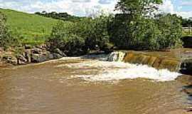Divisa Nova - Cachoeira local
