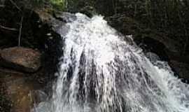 Dores de Guanhães - Dores de Guanhães-MG-Cachoeira do Córrego Mandioca-Foto:juliederson jackson