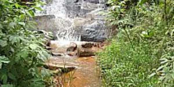 Dores de Guanh�es-MG-Cachoeira da Serra-Foto:Renan Ramos
