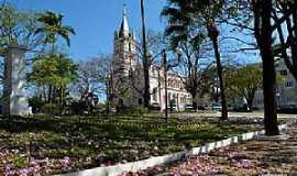 Dores do Indaiá - Dores do Indaiá-MG-Praça da Matriz-Foto:Sueli Santos-Facebook