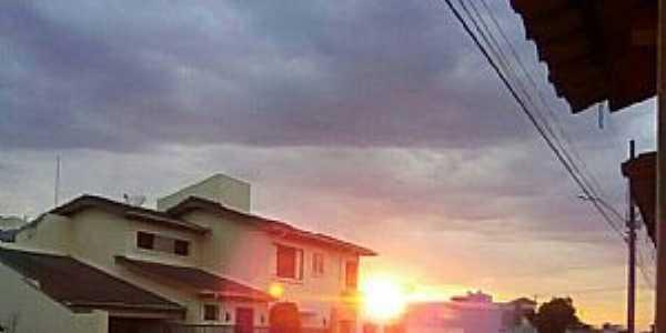 Dores do Indaiá-MG-Rua Distrito Federal-Foto:Gaspar Filho-Facebook