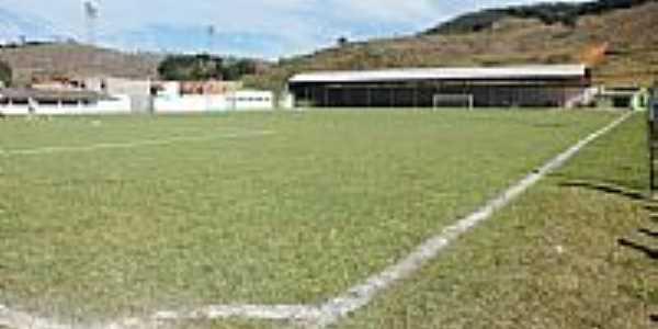 Campo de Futebol em Dores do Turvo-MG-Foto:Antrbns
