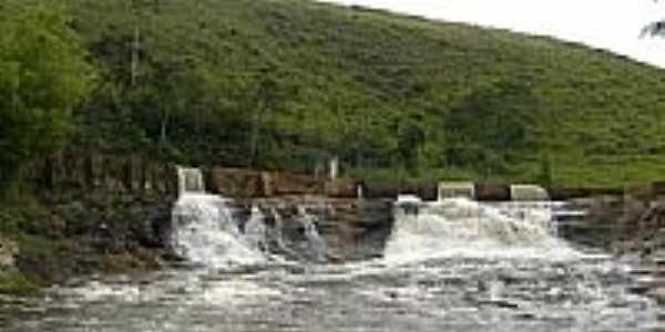 Represa da antiga Usina Hidrelétrica em Dores do Turvo-MG-Foto:Cleverson Vieira Pir…