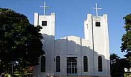 Douradoquara - Igreja Matriz de Douradoquara por Vicente A Queiroz