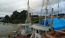 Macap� - Macap�-AP-Barcos no ancoradouro-Foto:PEDRO PAULO