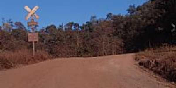 Antiga passagem de nível-Foto:Geraldo Salomão [Panoramio]