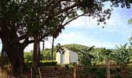 Ervália - Ervália-MG-Pequena Capela na Roça-Foto:Amarildo Souza