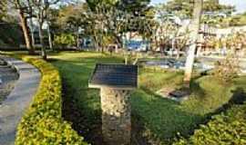 Espera Feliz - Praça Cira Rosa de Assis-Foto:sgtrangel [Panoramio]