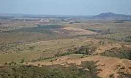 Estrela do Indai� - Vista da regi�o com Morro do Palhano ao fundo em Estrela do Indai�-Foto:altoabaete