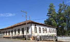 Estrela do Sul - Estrela do Sul-MG-Casarão Colonial-Foto:Parruco