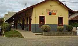 Eugenópolis - Antiga estação de trem-Foto:Andre Alvim(Xôxô) WW… [Panoramio]