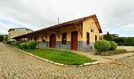 Eugenópolis - Antiga Estação Ferroviária-Foto:sgtrangel [Panoramio]