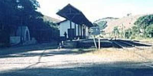 Estação Ferroviária-Foto:montanha[Panoramio]