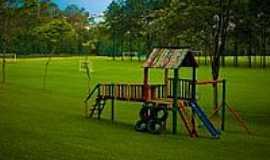 Extrema - Playground-Foto:Mario Guilherme[Panoramio]