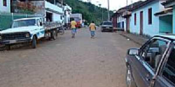 Rua principal de Farias-Foto:Adeirson