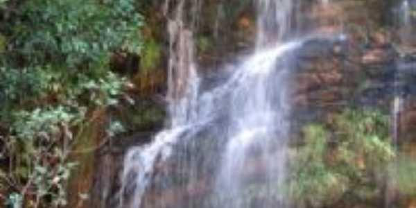 CACHOEIRA DO GUINOMOS, Por débora cristiane sete lagoas-mg-