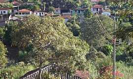 Felício dos Santos - Felício dos Santos-MG-A cidade vista do Morro da Caixa D´Água-Foto:sergio couto