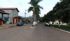 Felício dos Santos - Felício dos Santos-MG-Avenida principal-Foto:sergio couto