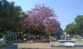 Felixlândia - praça padre felix, Por claudia