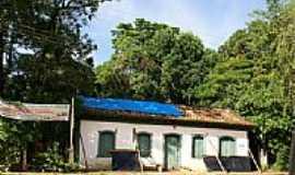 Fernão Dias - Casa de Ferão Dias-Fernão Dias-Foto:Fernando Bezerra [Panoramio]